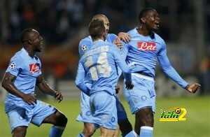 Napoli's Zapata celebrates with team mates after scoring the second goal for the team during their Champions League soccer match against Olympique Marseille at the Velodrome stadium in Marseille