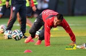 FBL-WC-2014-CHI-TRAINING