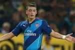 1410900753123_wps_53_Mesut_Ozil_of_Arsenal_ges