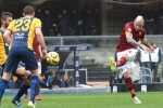 Hellas-Verona-FC-v-Roma-Serie-57rfoCE7cHTl-600x330