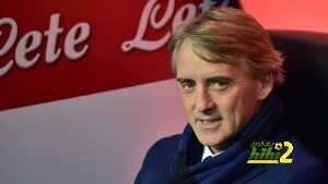 Inter Milan's coach Roberto Mancini looks on before the Serie A football match  Inter Milan vs Cesena at San Siro Stadium in Milan on March 15, 2015 . AFP PHOTO / GIUSEPPE CACACE        (Photo credit should read GIUSEPPE CACACE/AFP/Getty Images)