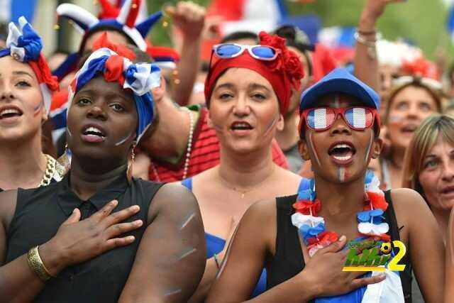 صور : الجماهير الفرنسية بدأت في التحضير لأهم حدث في البلاد هذا اليوم ! coobra.net