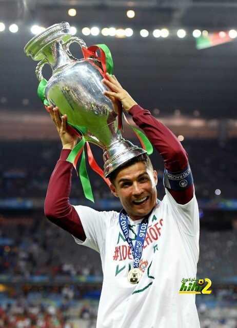 مونديال مارادونا بالمكسيك ويورو رونالدو فى باريس ! coobra.net