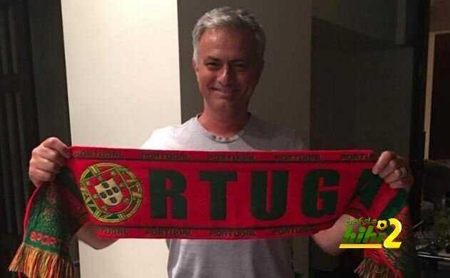 صورة : كيف احتفل مورينيو بتتويج البرتغال باليورو ؟ coobra.net