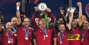 فيديو : اجمل لحظات احتفال كريستيانو و بيبي مع الجماهير البرتغالية coobra.net