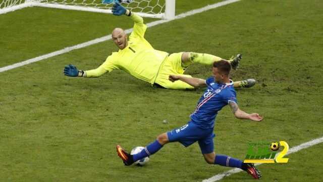 تورستاسون نجم ايسلندا هو السبب الرئيسى لفوز البرتغال باليورو ! coobra.net
