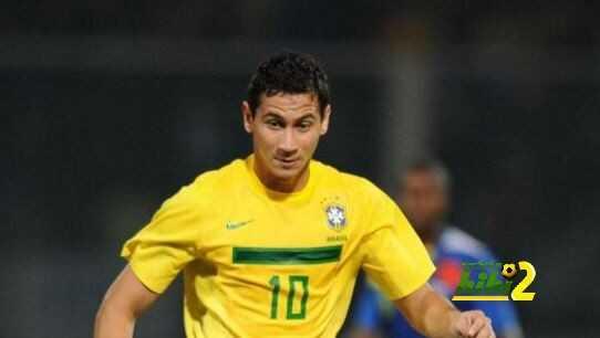 لاعب برازيلي يدخل اهتمامات اشبيلية coobra.net