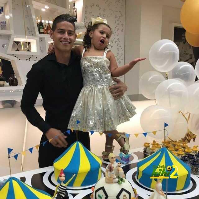 صورة : كيف احتفل خاميس بيوم ميلاده ؟ coobra.net