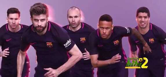 صورة : لاعبو برشلونة يعلنون عن الطاقم البديل للموسم الجديد coobra.net