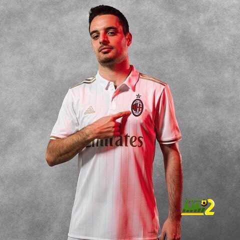 صورة : قميص الميلان البديل للموسم الجديد coobra.net