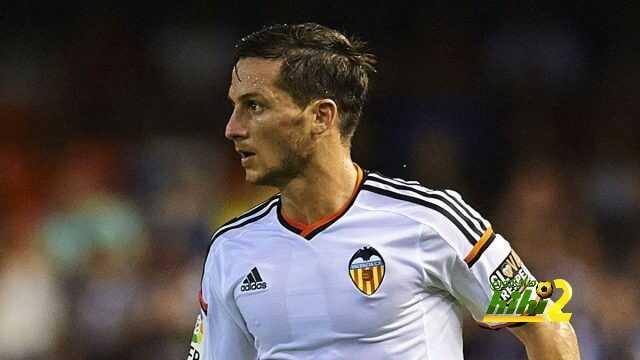 رسميا : لاعب فالنسيا يرحل لنادي إسبانيول على سبيل الإعارة ! coobra.net