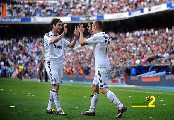 هيجواين إختار المجد والألقاب وإستعان بزميله السابق فى ريال مدريد آريين روبين ! coobra.net