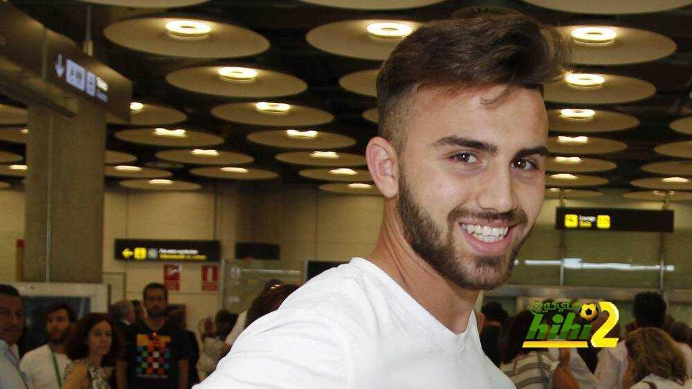 مايورال : أتحدث كثيرا مع كريستيانو ولكن مثلي الأعلى بنزيما coobra.net