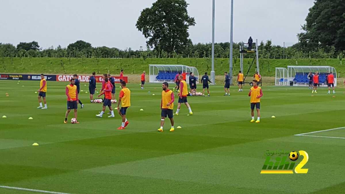 صور : الدورة التدريبية الثانية لبرشلونة في انجلترا coobra.net