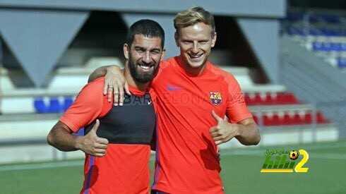 صور : دوليو برشلونة يعودون للتدريبات coobra.net