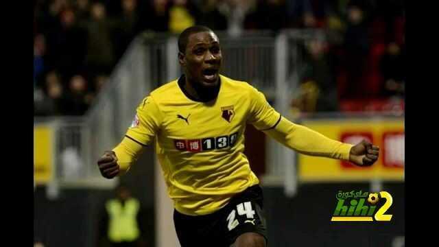 رسميا : واتفورد يجدد تعاقده مع لاعبه النيجيري coobra.net