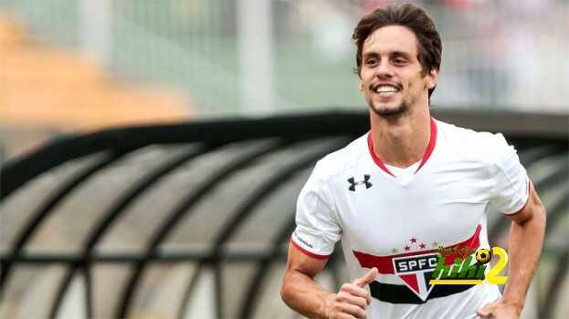 اشبيلية معجب بالتعاقد مع لاعب برازيلي coobra.net