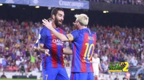 برشلونة ينهي الشوط الاول متقدماً على اشبيلية coobra.net
