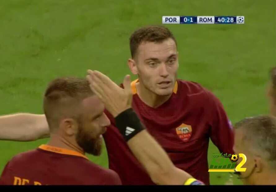 فيرمالين يُطرد في أول مباراة له مع روما coobra.net