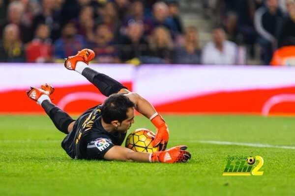 برافو يغيب عن تدريبات برشلونة لاكمال انتقاله إلى مانشستر سيتي coobra.net