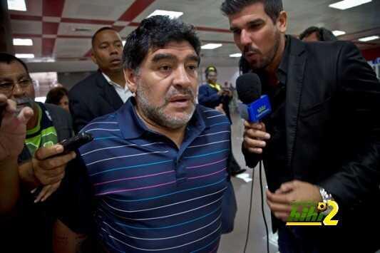 13 سببا جعل الشعب الأرجنتينى يتعاطف مع مارادونا فى أزمة جواز السفر المزور ! coobra.net