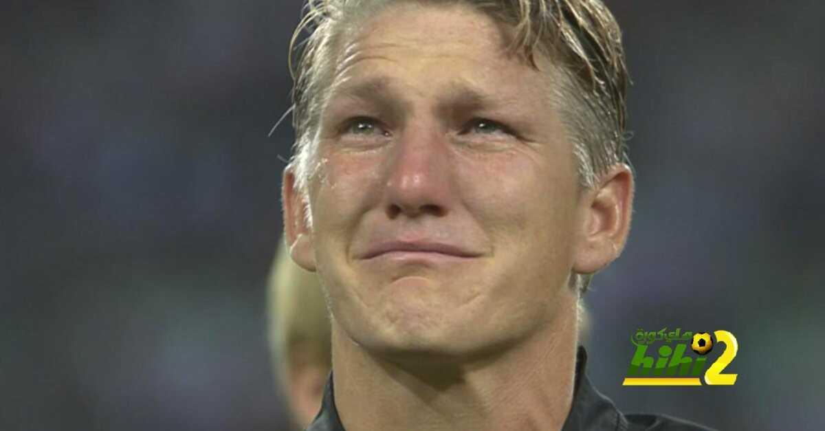 شفانشتايغر ينهمر في البكاء في مباراته الاخيرة مع المانشافت coobra.net