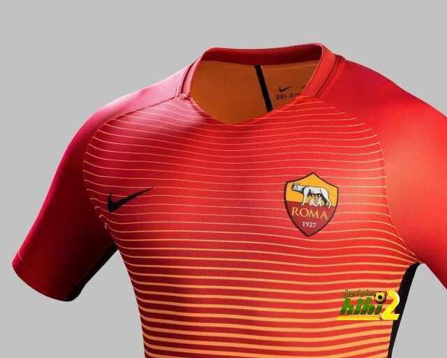 صورة : قميص روما الثالث للموسم الحالي coobra.net
