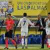 Real Madrid's Cristiano Ronaldo, center, shakes hands with Real Madrid's head coach Zinedine Zidane after being substituted during a Spanish La Liga soccer match between Las Palmas and Real Madrid at the Gran Canaria stadium in Las Palmas, Spain, Saturday Sept. 24, 2016. (AP Photo/Jesus de Leon)