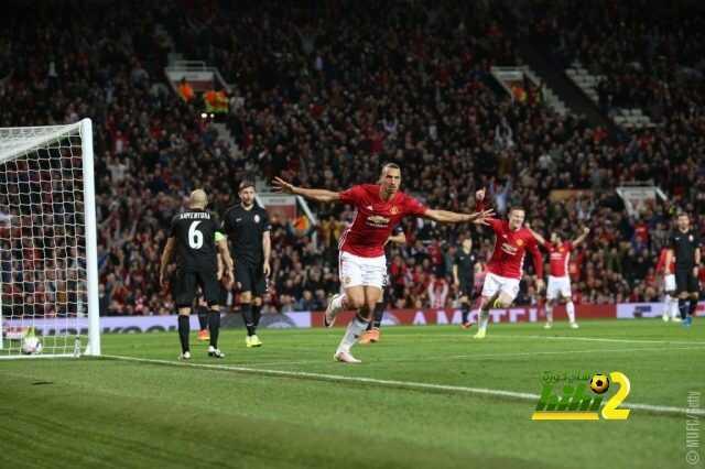 إبراهيموفيتش يتوج بجائزة أفضل لاعب في مباراة زوريا و مانشستر يونايتد coobra.net
