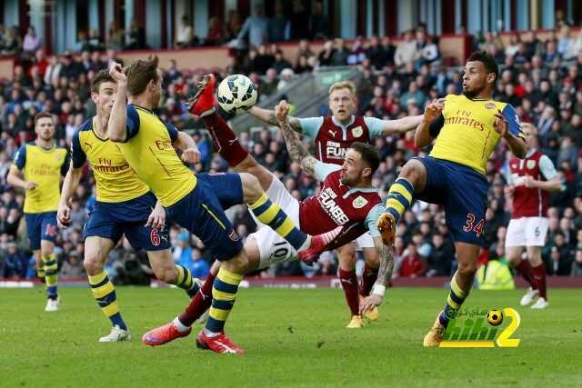 Football - Burnley v Arsenal - Barclays Premier League - Turf Moor - 11/4/15 Burnley's Danny Ings has a shot at goal Action Images via Reuters / Jason Cairnduff Livepic EDITORIAL USE ONLY. No use with unauthorized audio, video, data, fixture lists, club/league logos or